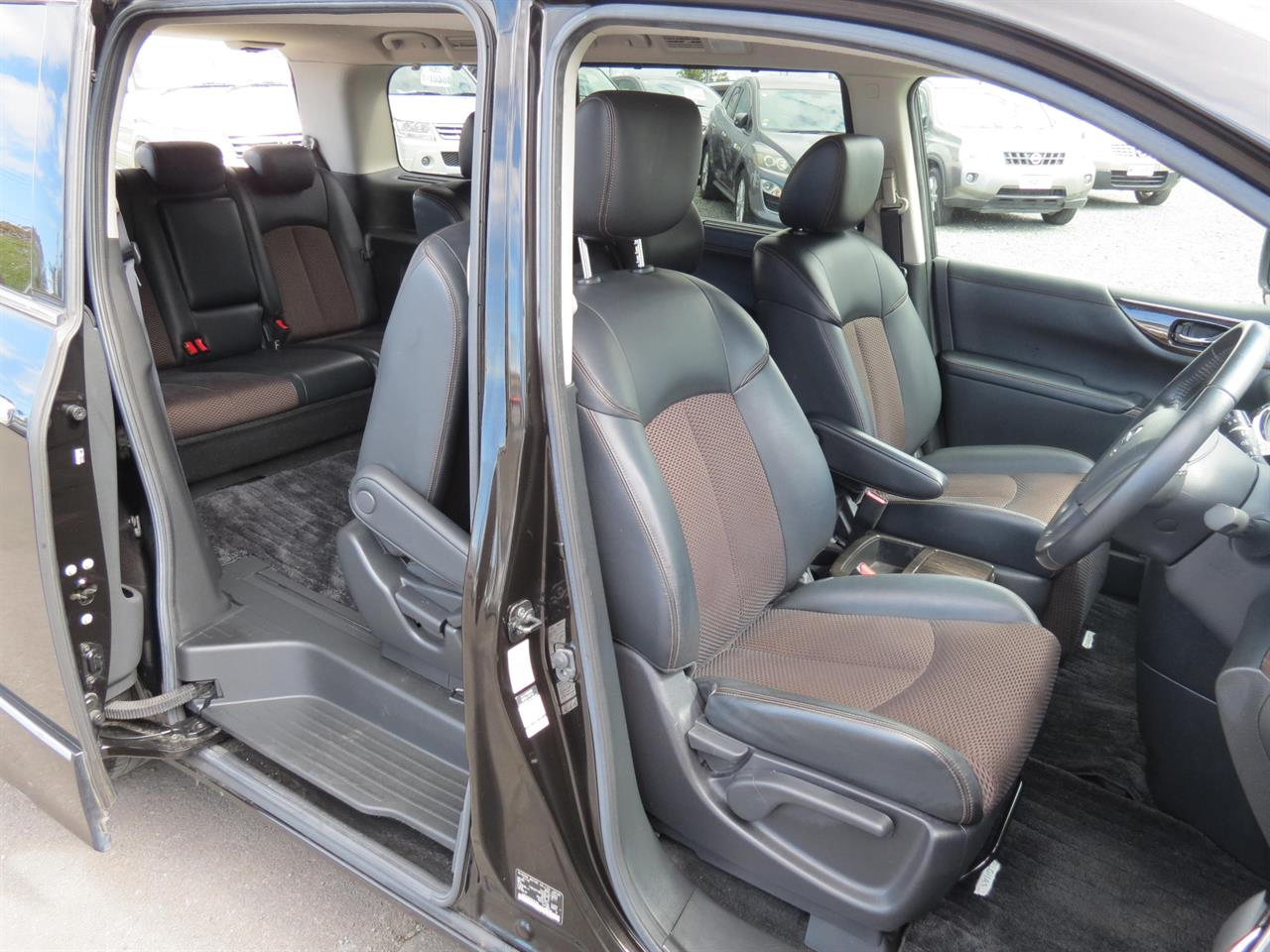 2011 Nissan Elgrand | only $64 weekly