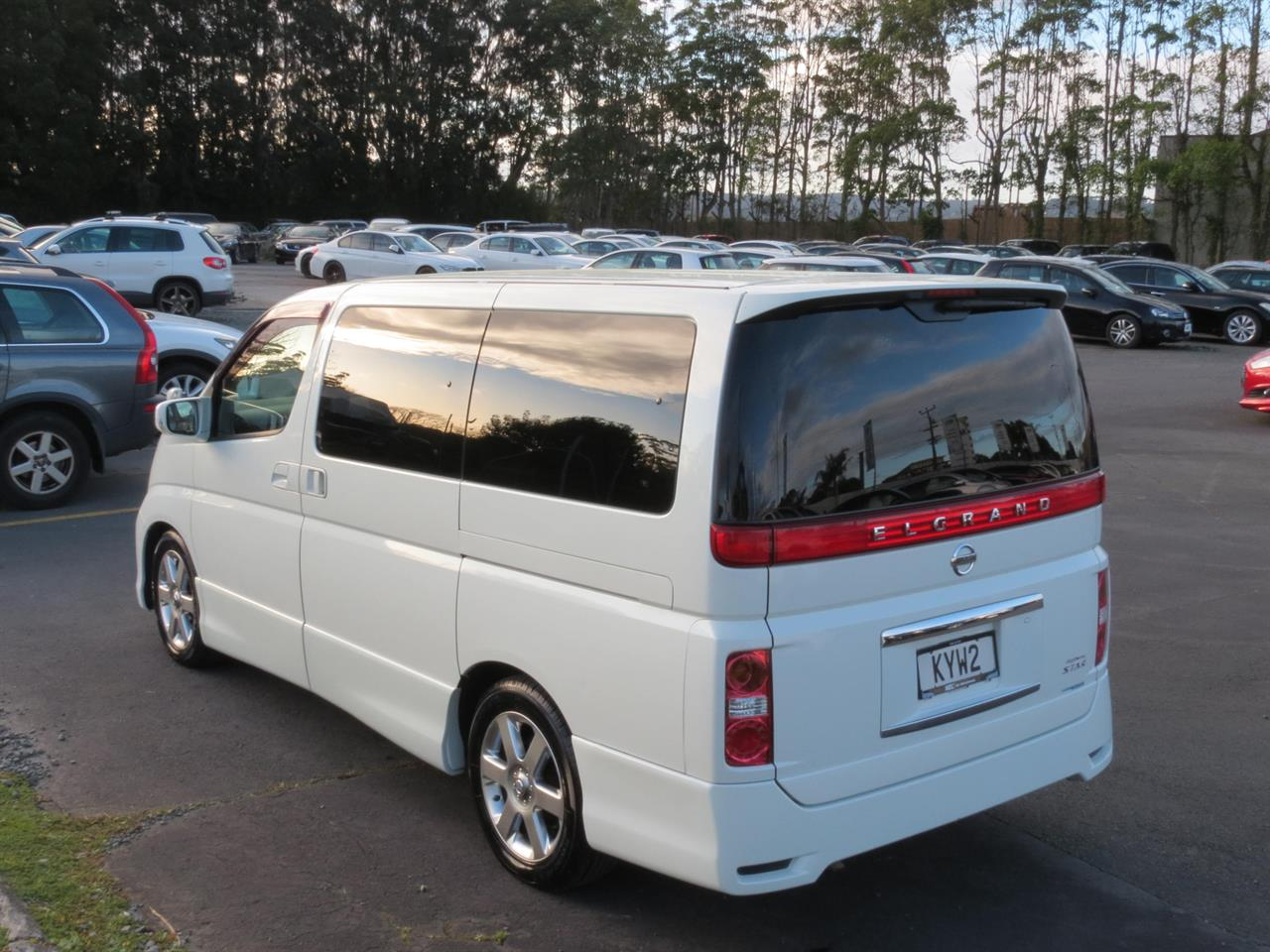 2007 Nissan Elgrand only $32 weekly
