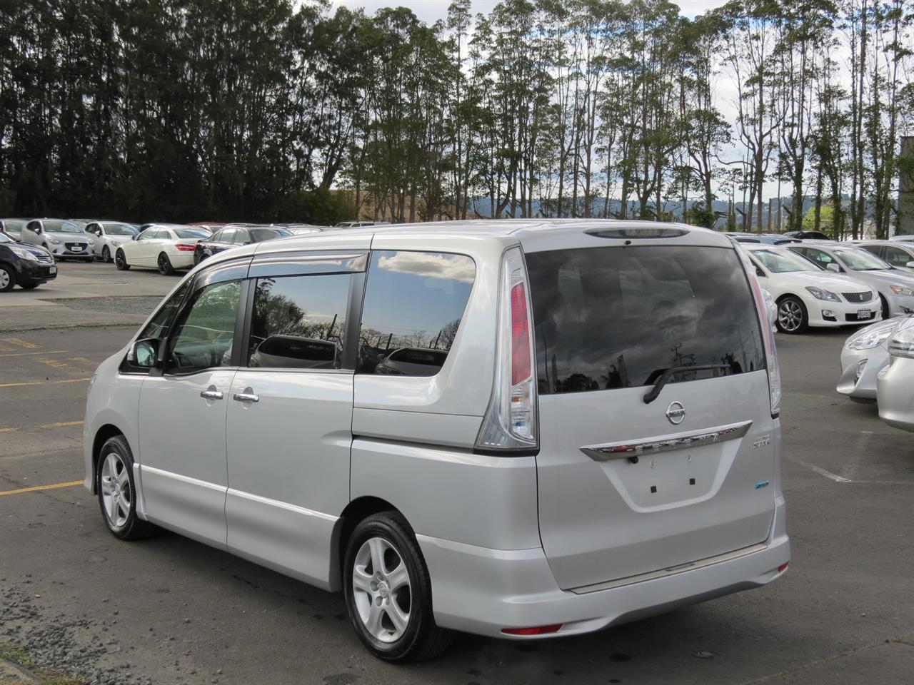 2011 Nissan Serena | only $48 weekly